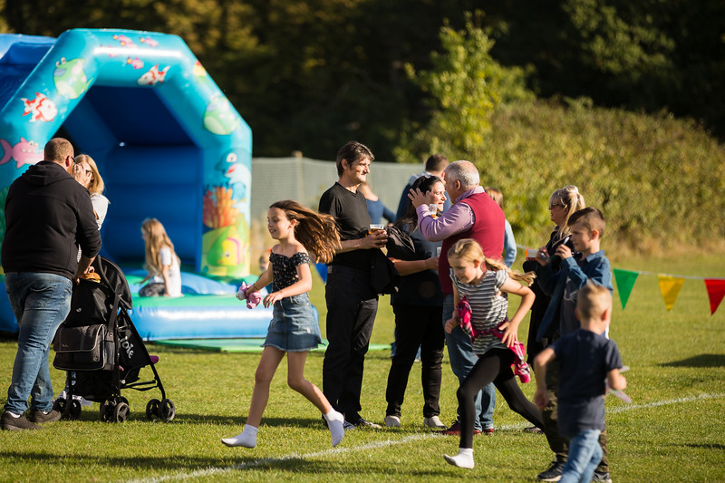 bensavellphotography_lloyds_clinical_homecare_family_fun_day_event_photography (401 of 405).jpg