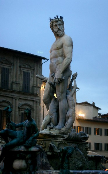 the-fountain-of-neptune_2104302976_o.jpg