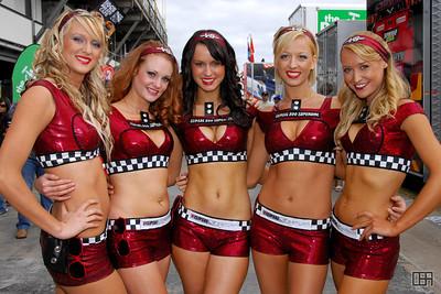 V8 Supercar Clipsal 500 girls