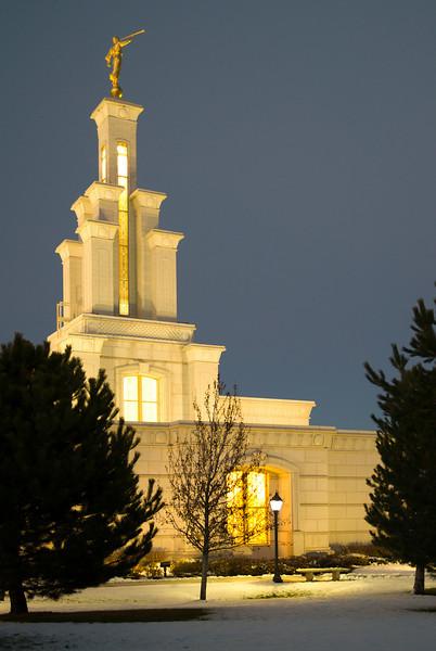 ColumbiaRiverTempleTwilight05.jpg