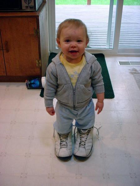20050405-160557.DSC00214.DaddysShoes.jpg