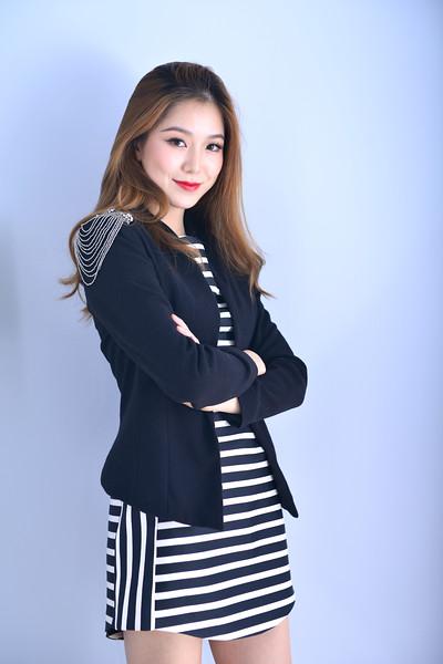 @litoemmali 5'6 | Shirt XS/S | Dress 1 | Shoes 7 | Bust 32A | 102 lbs Ethnicity: Chinese Skills: Tall, Attractive Chinese Actress, Speaks Fluent Mandarin, Real artists, Hip Hop dance