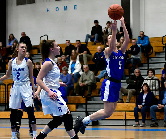 3/5/2020 Mike Orazzi | StaffrSouthington's Jessica Carr (5) during the Class LL Second Round of the CIAC 2020 State Girls Basketball Tournament at Glastonbury High School on Thursday night.
