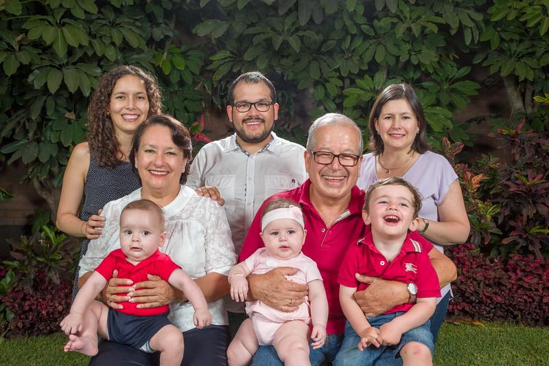 Sesión Familiar (Abril 2018)-16.jpg