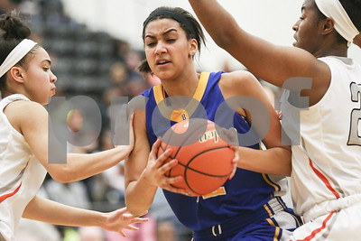 gilmer-defeats-brownsboro-in-area-girls-basketball-playoff