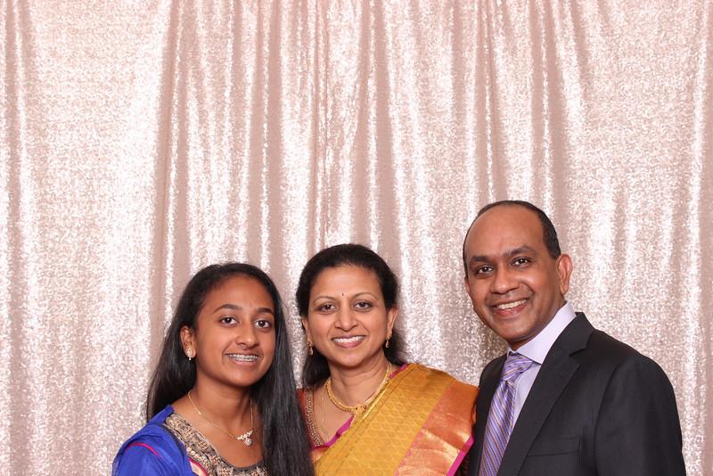 Boothie-PhotoboothRental-PriyaAbe-O-138.jpg