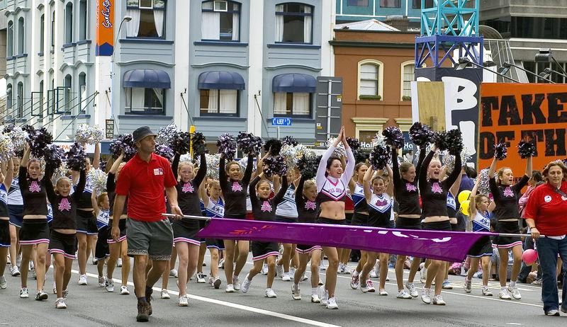 Cheer leaders Santa Parade Auckland New Zealand - 27 Nov 2005