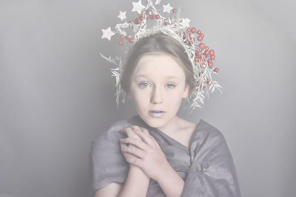 Darcey Christmas Simplicity