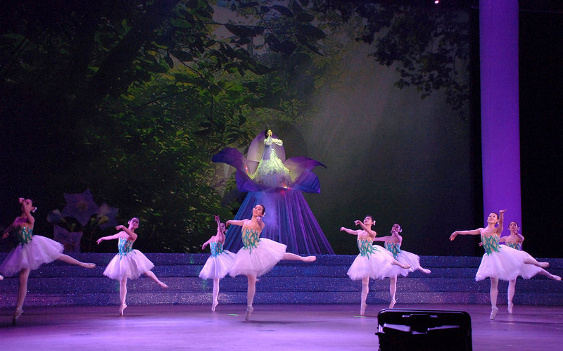 ". Members of the Mansudae Art Troupe take part in a music and dance performance, titled ""Love the Country\"", at the East Pyongyang Grand Theatre on the occasion of the birth anniversary of North Korea\'s late leader Kim Jong-Il on February 16, 2013 in this picture taken and released by the North\'s official KCNA news agency on Saturday. REUTERS/KCNA"