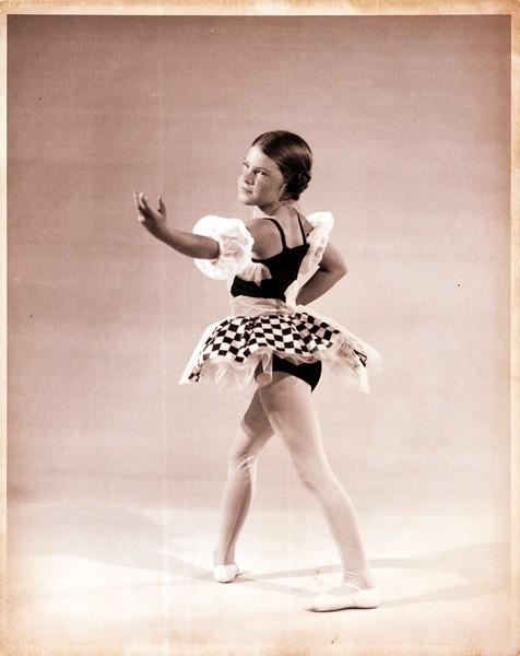 Dance_1025_a.jpg