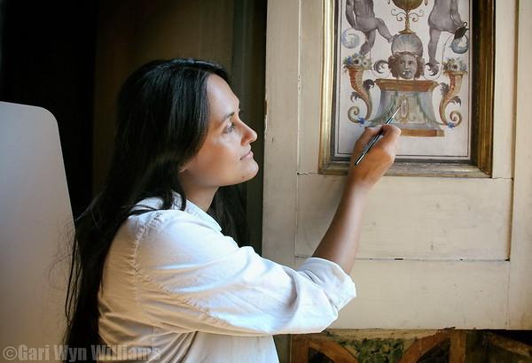 Rosaria - Art Restoration Expert