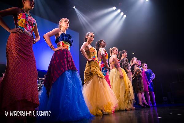 Harumi Momota - Fashion Show