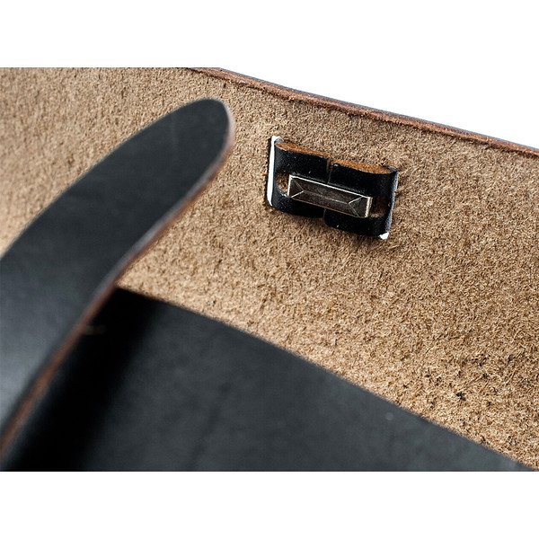 W&A-Case 02 - The W & Anchor Leather Glasses Case No. 205.jpg