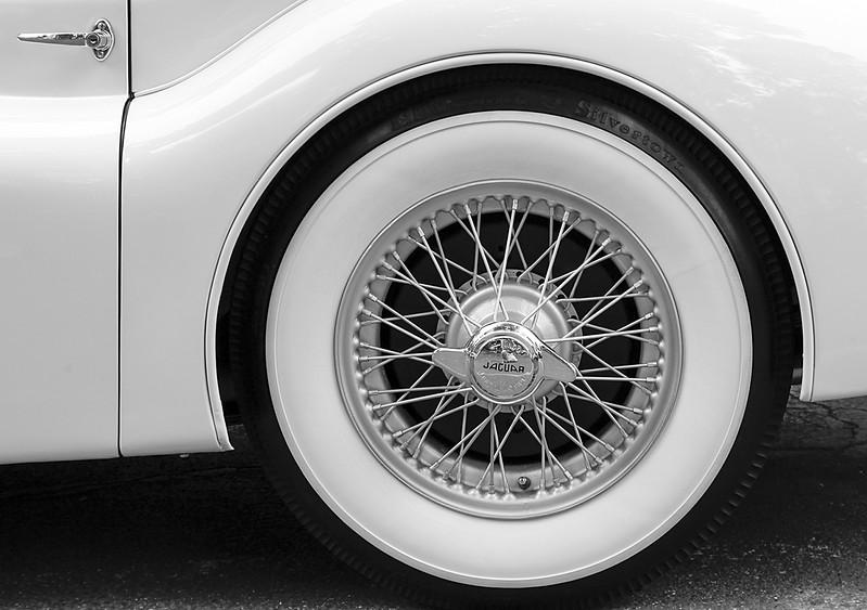 XK 150 Jaguar Wire Wheel