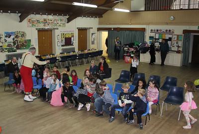 2011_01 Farah and Mayar's Party