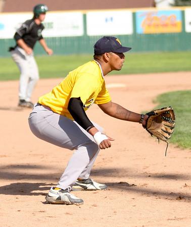 Cougar Baseball vs csu