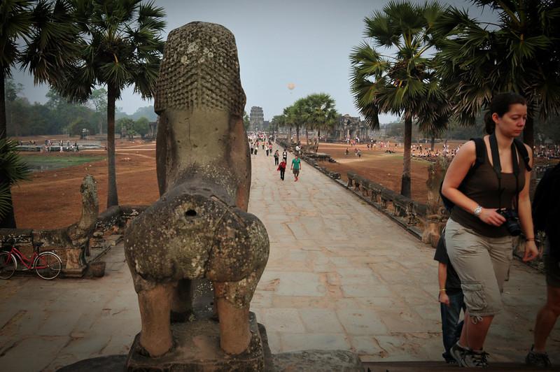 Day18-AngkorWatSunset-14.jpg