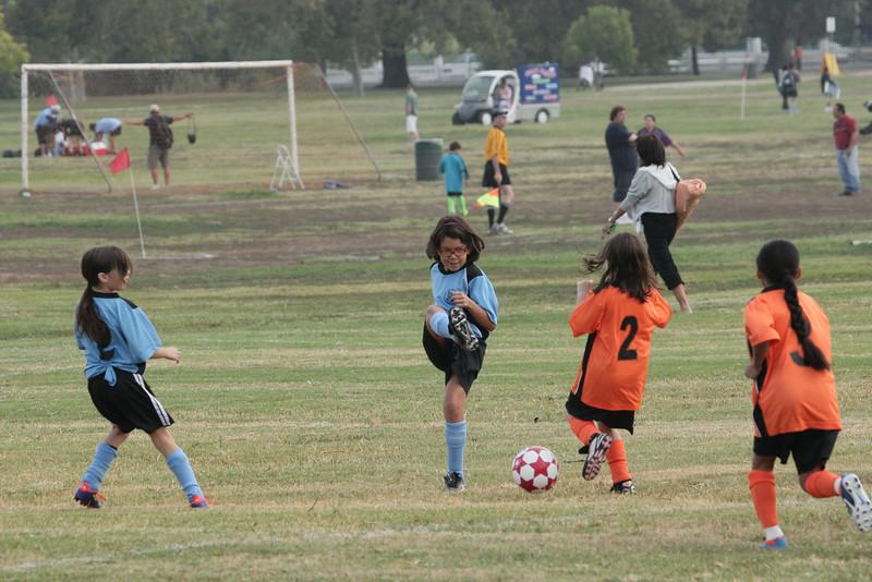 Soccer2011-09-10 09-36-56_2.JPG