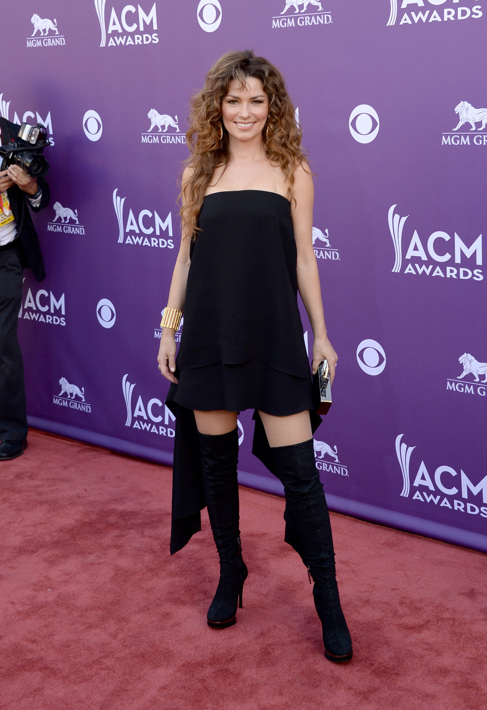 . Musician Shania Twain arrives at the 48th Annual Academy of Country Music Awards at the MGM Grand Garden Arena on April 7, 2013 in Las Vegas, Nevada.  (Photo by Jason Merritt/Getty Images)