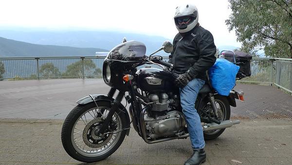 04 Triumph Bonneville