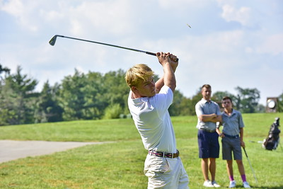 Varsity Golf Action