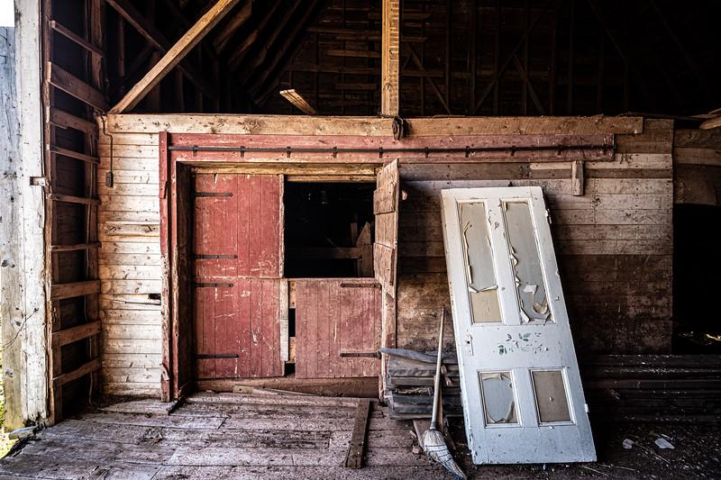 inside the barn Dunrovin Farm.jpg