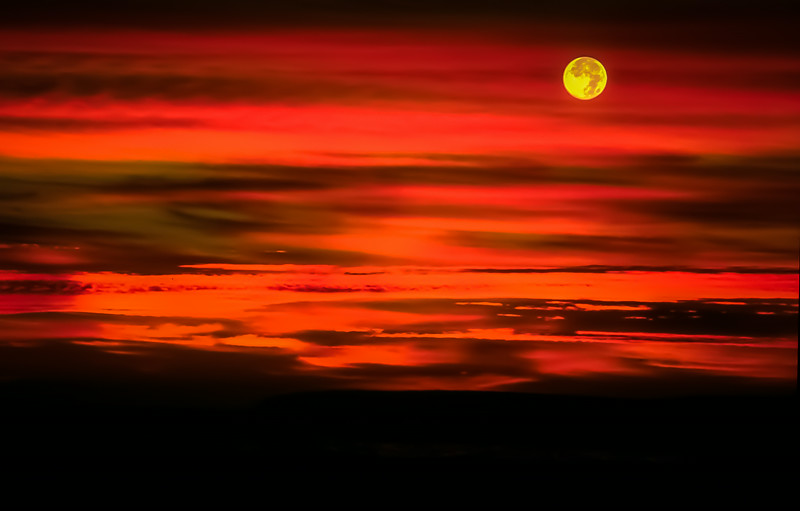 moon-set-0001
