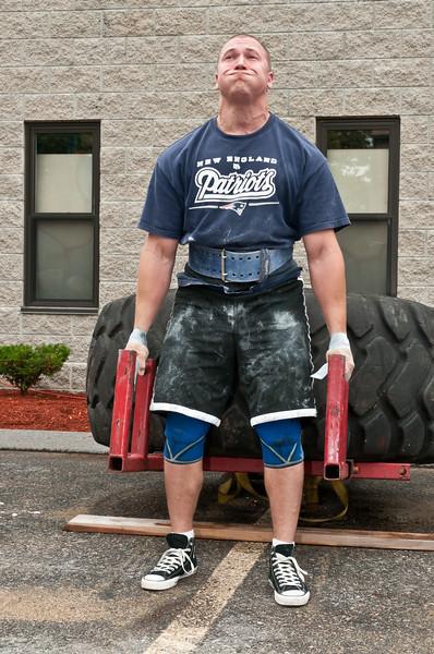 Fitness Revolution Strongman Challenge 2011_ERF3920.jpg