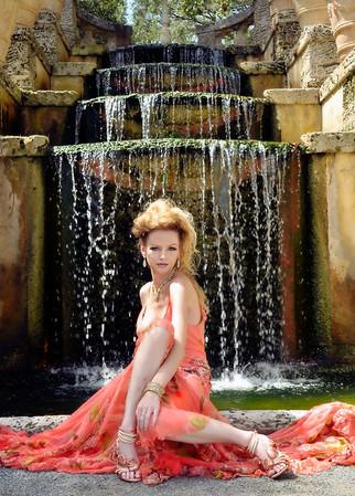 Lilyana Lovela LIVE Models