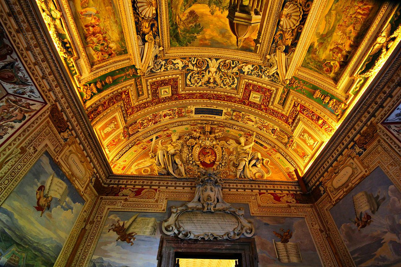 The Vatican has many rooms. All are palacial in decor.