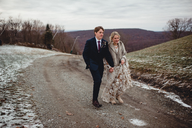 Requiem Images - Luxury Boho Winter Mountain Intimate Wedding - Seven Springs - Laurel Highlands - Blake Holly -1401.jpg