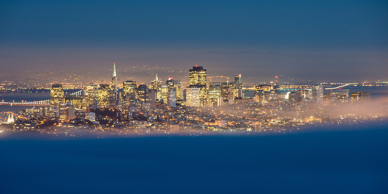 Here's the city at 200mm ... it got a bit dark for blue hour and you can see how hazy it was!