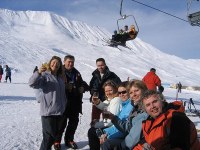 2006 03 Skiing Serfhaus
