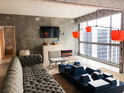KOREA TOWN UPSCALE HOTEL/NIGHTCLUB