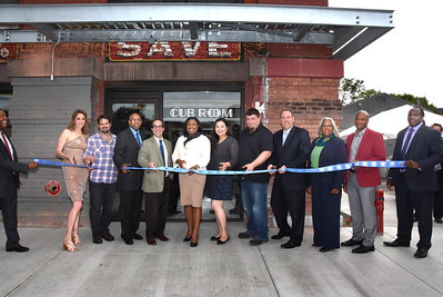 Mayor Warren and City and State officials attend grand opening for Edge of the Wedge. 5/29/2015
