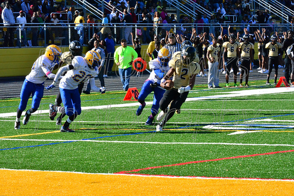10-25-2014 Oxon Hill vs High Point Homecoming