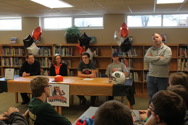 Isaac signs with Georgetown College