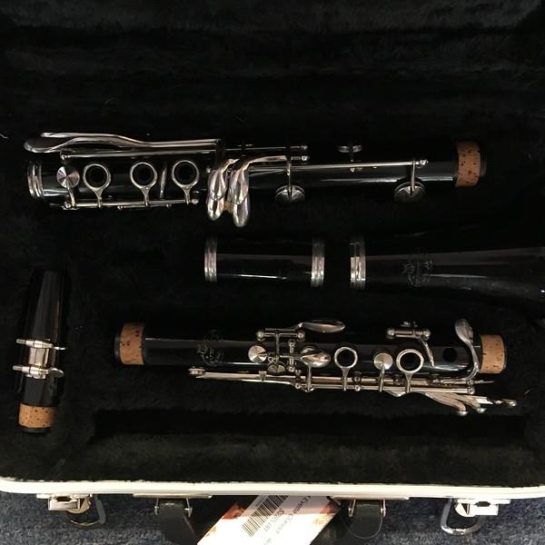 Evette Clarinet w/New Case