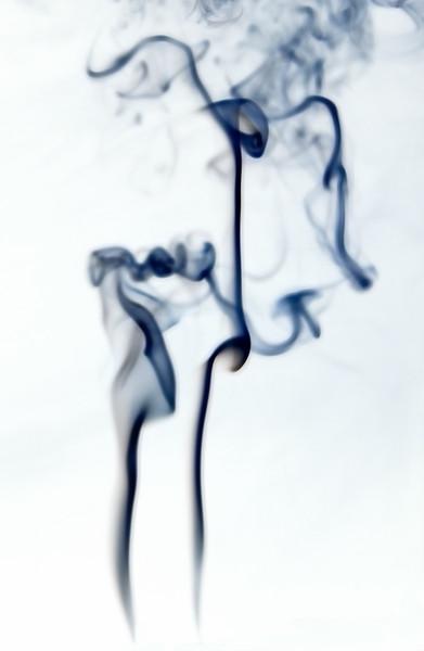 Smoke Trails 8~10629-1ni.