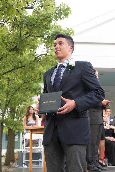 mv-2015-graduation-3920