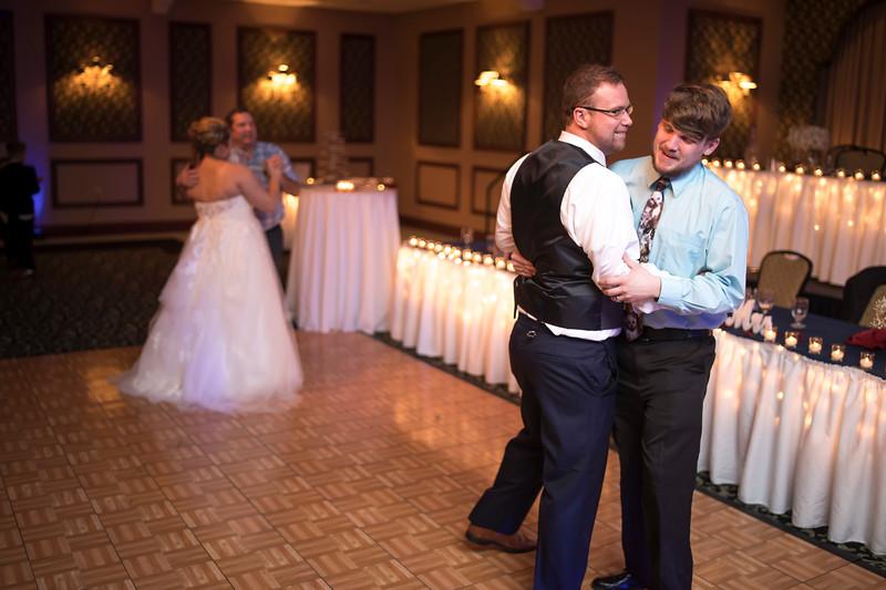 Amanda & Tyler Wedding 0838.jpg