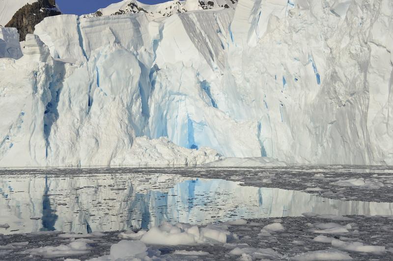20190222-GDM-Skontorp Cove-Glacier face.JPG