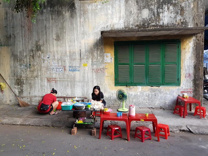 20180516_171741-street-vendors.jpg