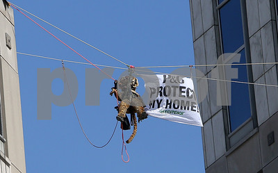 greenpeace-activists-to-take-deal-in-pg-protest