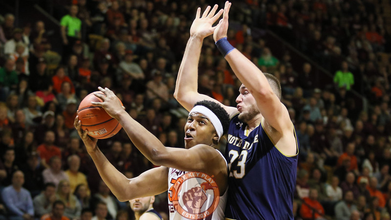 Zach Leday tries to get around the Notre Dame defense underneath the basket. (Mark Umansky/TheKeyPlay.com)