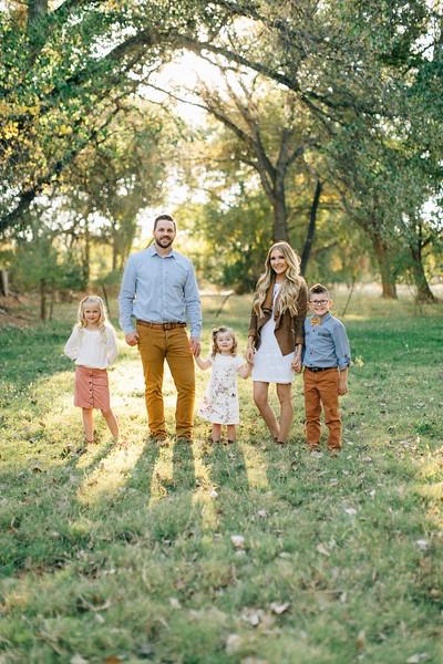 Leany Family-1.jpg