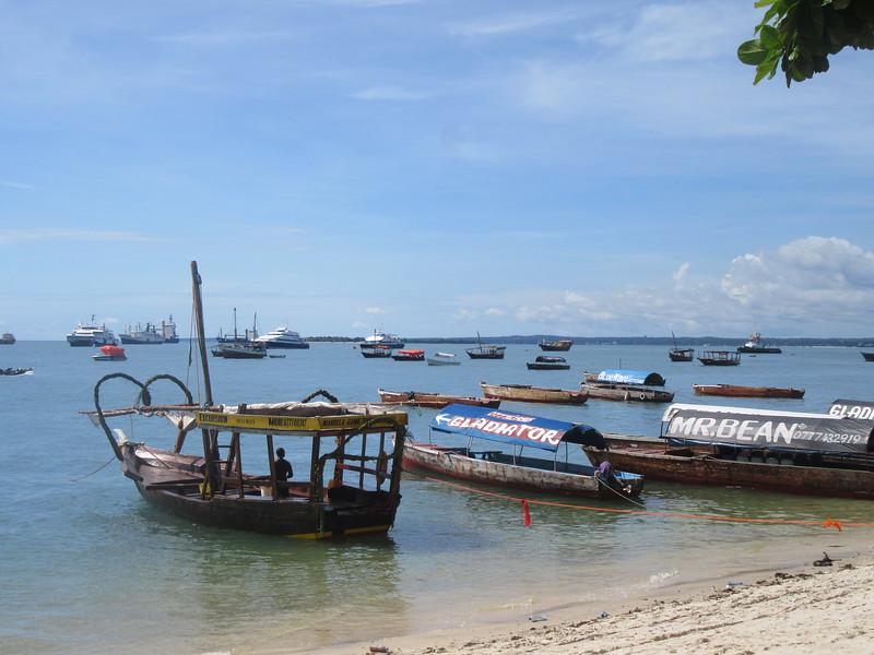 016_Zanzibar Stone Town. Tourist boats going to Prison Island (Aldabra Turtoises).JPG