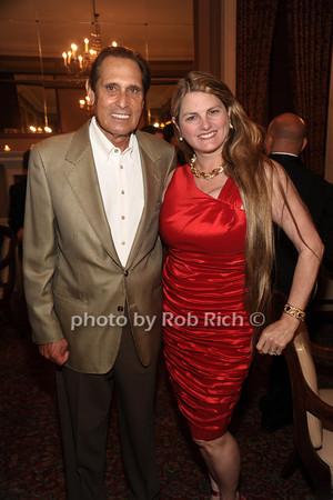 Leslie Feldman, Bonnie Comley photo by Rob Rich/SocietyAllure.com © 2012 robwayne1@aol.com 516-676-3939