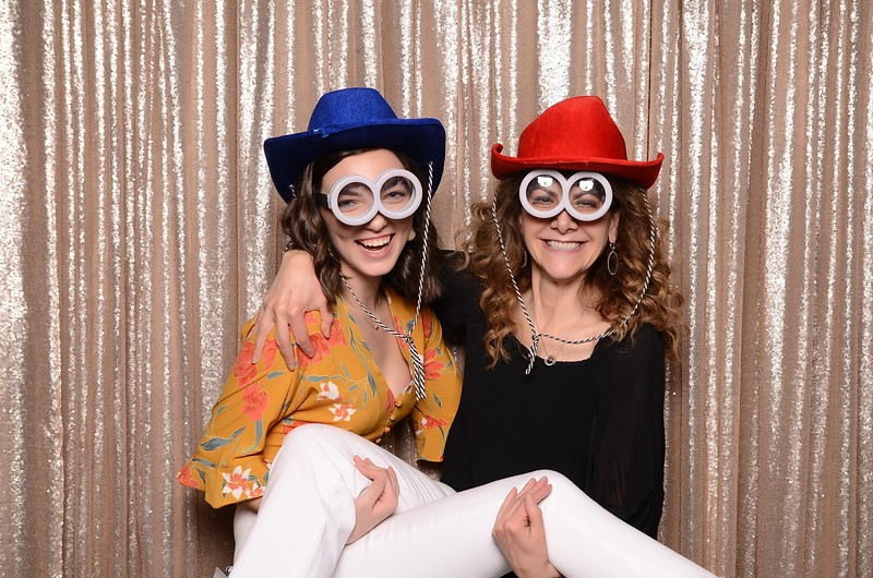 20180324_MoPoSo_Seattle_Photobooth_Number6Cider_Thoms50th-293.jpg