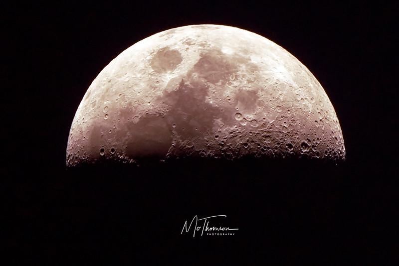 moonf.jpg
